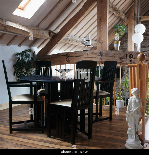 Converted Barns Stock Photos amp Converted Barns Stock  : black table and chairs in modern dining area in converted barn with dbr4kw from www.alamy.com size 520 x 540 jpeg 93kB