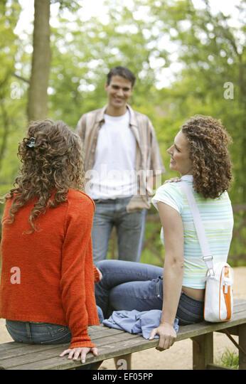 Mann ignoriert frau nach flirt
