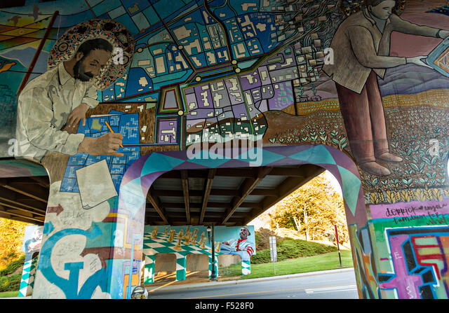 Underpass usa stock photos underpass usa stock images for Asheville mural project