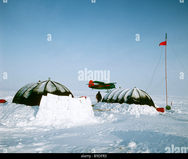 The North Pole 22 drift ice station A refuelling base for An 12 aircrafts at the & North Pole Flag Stock Photos u0026 North Pole Flag Stock Images - Alamy
