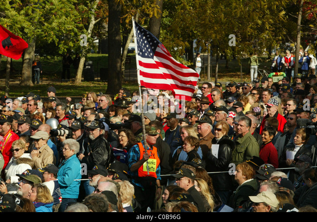 the 25th anniversary of the vietnam veterans memorial the wall designed by maya lin - Who Designed The Vietnam Wall