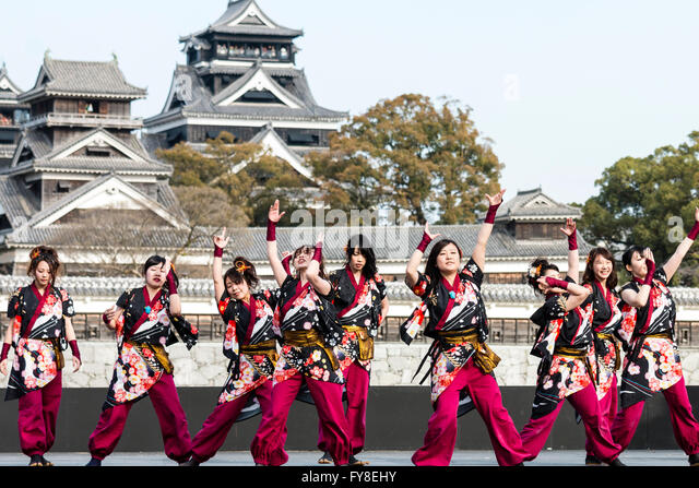 kumamoto girls Kuromorimine girls academy (黒森峰女学院)  however, as their school ship is too large to dock at any of the ports in kumamoto prefecture,.