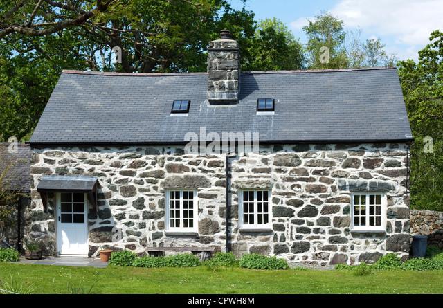 Traditional Welsh stone cottage, Snowdonai National Park, North Wales, UK -  Stock Image