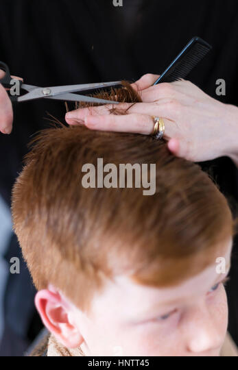 how to cut guys hair with clippers and scissors