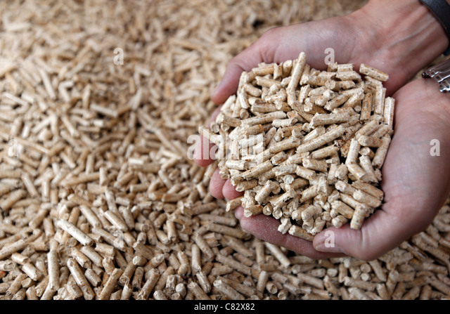 Wood Pellets France ~ Zeigen stock photos images alamy