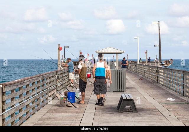 Dania beach pier stock photos dania beach pier stock for Hollywood florida fishing