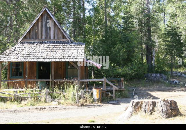 Battered sad stock photos battered sad stock images alamy for Sierra nevada cabine