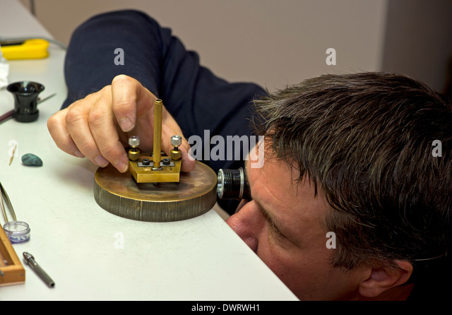 how to become a watchmaker in switzerland