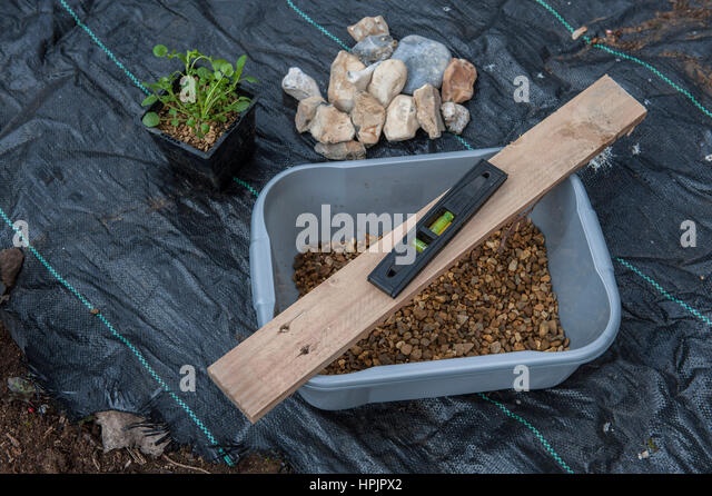 how to make a pond at home