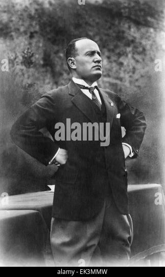 analysis of a photo of benito mussolini