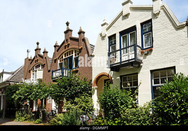 Townhouses stock photos townhouses stock images alamy for 13 regent terrace edinburgh
