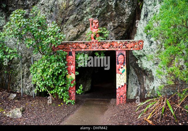 Man Cave New Zealand : Maori people stock photos images alamy