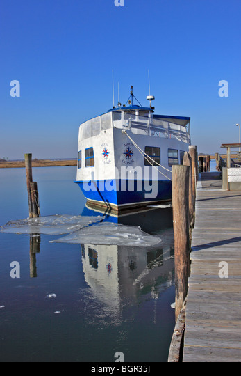 Captree stock photos captree stock images alamy for Charter fishing boats long island