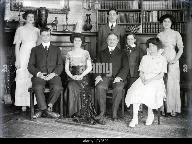 Antique circa 1915 photograph of the Fitzgerald family. SOURCE ...