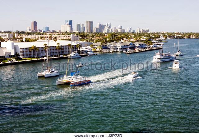 Intracoastal waterway sailboat stock photos intracoastal for Bar harbor motor inn myrtle beach