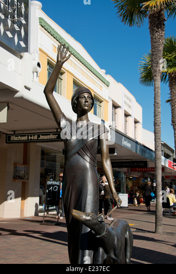 New Zealand Bronze Stock Photos & New Zealand Bronze Stock Images ...