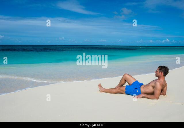 anguilla men Anguilla er en øygruppe i det østlige karibia, nordligst av leewardøyene anguilla ligger øst for puerto rico og jomfruøyene og nord for saint-martin territoriet på 91 km2.