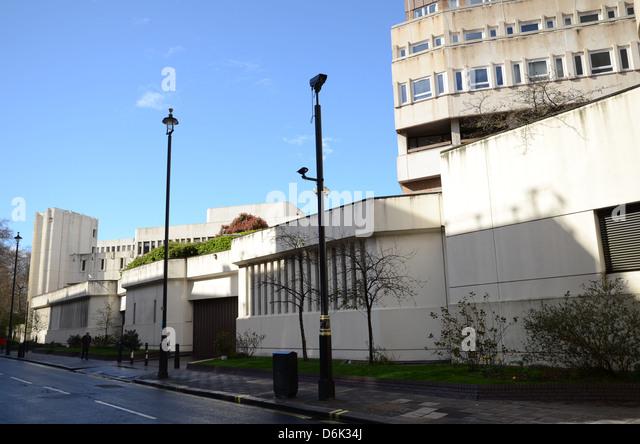 barracks in london