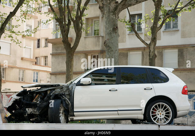 porsche cayenne stock photos porsche cayenne stock images alamy. Black Bedroom Furniture Sets. Home Design Ideas