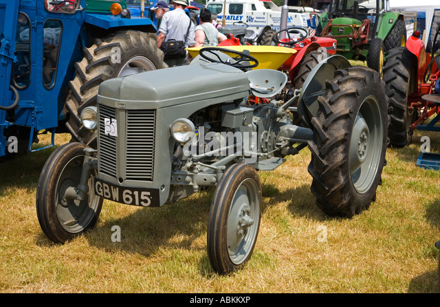 1952 Ferguson Tractor : Ferguson te stock photos images