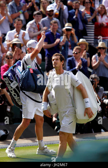 London, UK. 12th July, 2017. Wimbledon Tennis: London, 12 July, 2017 - Andy Murray after his quarterfinal loss to - Stock Image