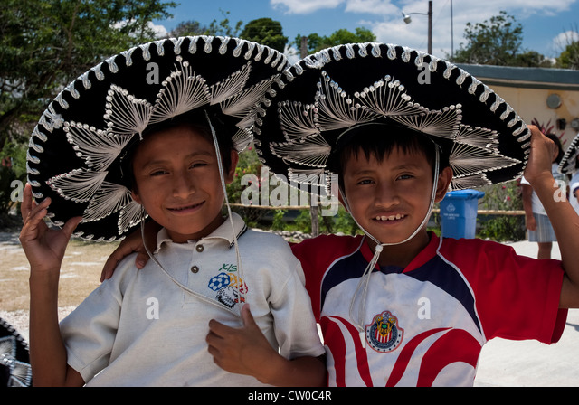 Traditional Mexican Family Stock Photos & Traditional ...
