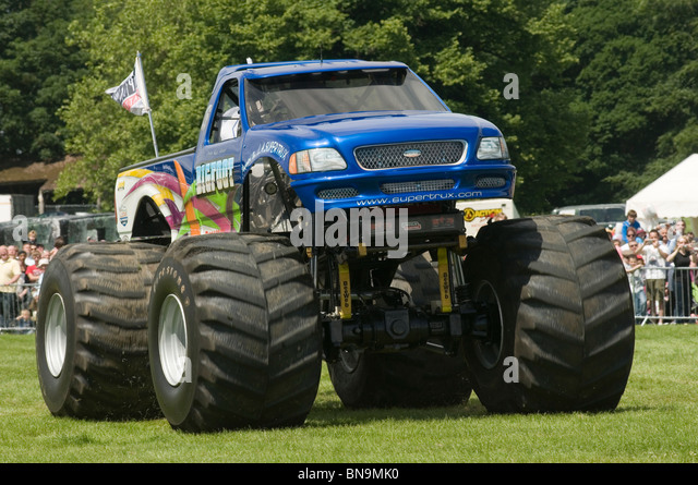 Monster Truck Stock Photos Monster Truck Stock Images Alamy
