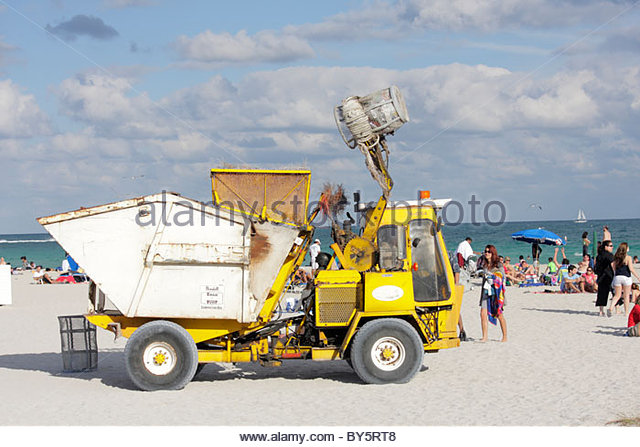 garbage collector stock photos garbage collector stock images alamy. Black Bedroom Furniture Sets. Home Design Ideas
