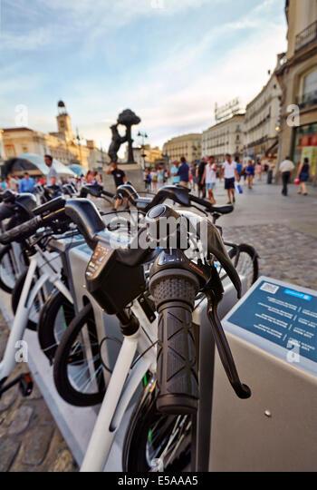 Bike Rental Madrid Stock Photos & Bike Rental Madrid Stock ...