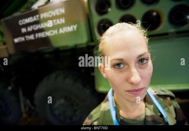 Barber Shop Fort Bliss : The Defence Systems and Equipment International (DSEi) Exhibition 2009 ...