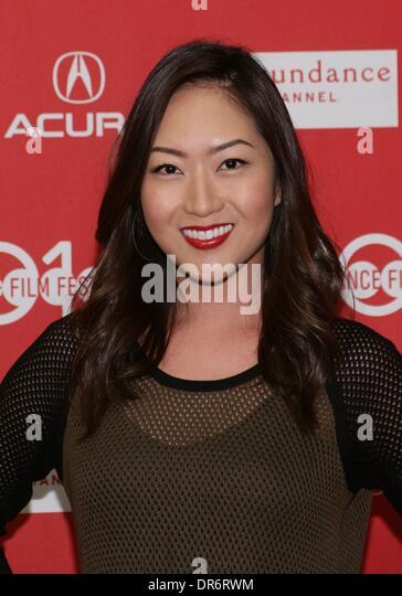 Brenda Koo Nude Photos 19