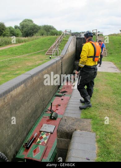 Droitwich Canal Lock Stock Photos & Droitwich Canal Lock ...
