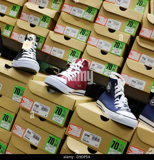 Sports Shoe Brand England Logo Dp