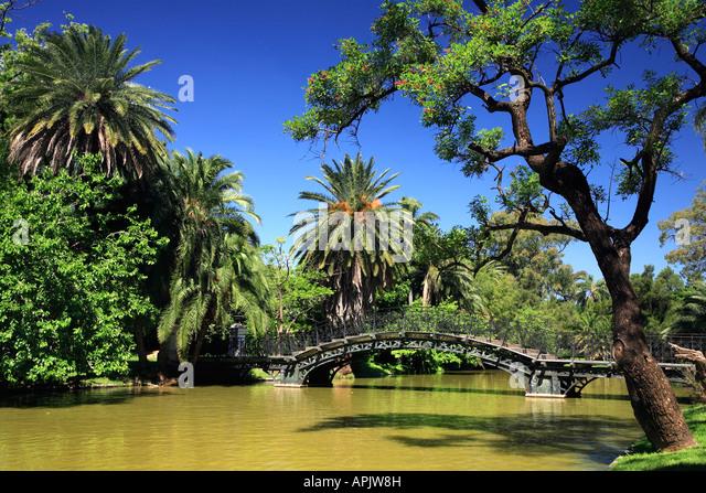Rosedal stock photos rosedal stock images alamy for 7194 garden pond