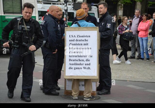 Berlin, Germany. 25th May, 2017. Anti-Zionist demonstrator at Unter den Linden in Berlin, Germany Credit: Markku - Stock Image