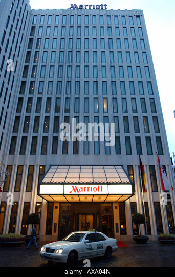 Hotel Near London Euston Train Station | London Marriott