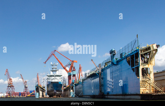 Shipyard gothenburg stock photos shipyard gothenburg stock images alamy - The industrial looking sauna in the port city of goteborg ...