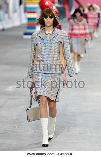 Chanel Show Spring Summer 2014 Paris Fashion Week Stock