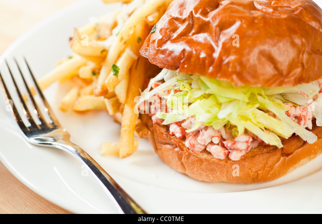 Lobster roll stock photos lobster roll stock images alamy for Fish restaurant santa barbara