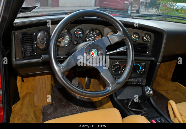 alfa romeo sz zagato stock photos alfa romeo sz zagato stock images alamy. Black Bedroom Furniture Sets. Home Design Ideas