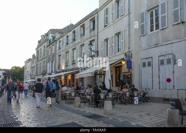 la rochelle france street stock photos la rochelle france street stock images alamy. Black Bedroom Furniture Sets. Home Design Ideas