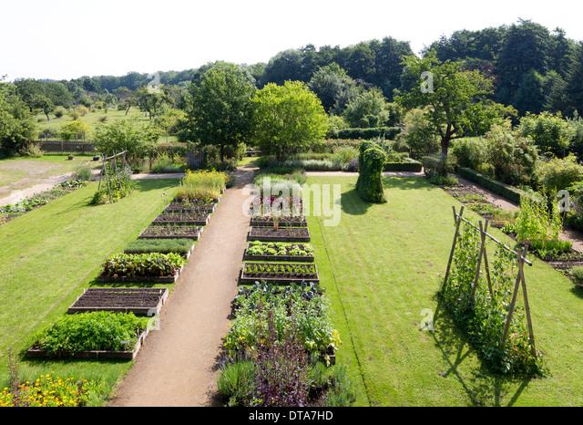 hochbeet stock photos & hochbeet stock images - alamy, Gartenarbeit ideen