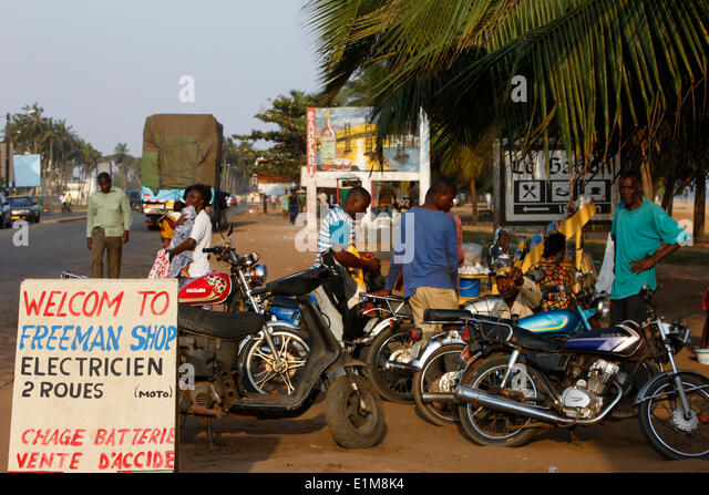 Motor bike stock photos motor bike stock images alamy for Motorized bicycle repair shop