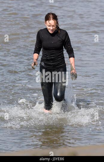 Mud Run Woman Stock Photos Mud Run Woman Stock Images Alamy