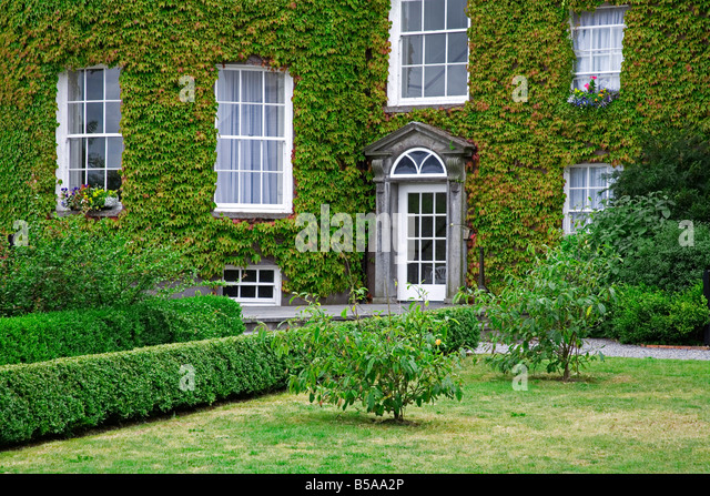 Amazing Ivy Covered Butler House, Kilkenny City, County Kilkenny, Leinster,  Republic Of Ireland Design Ideas
