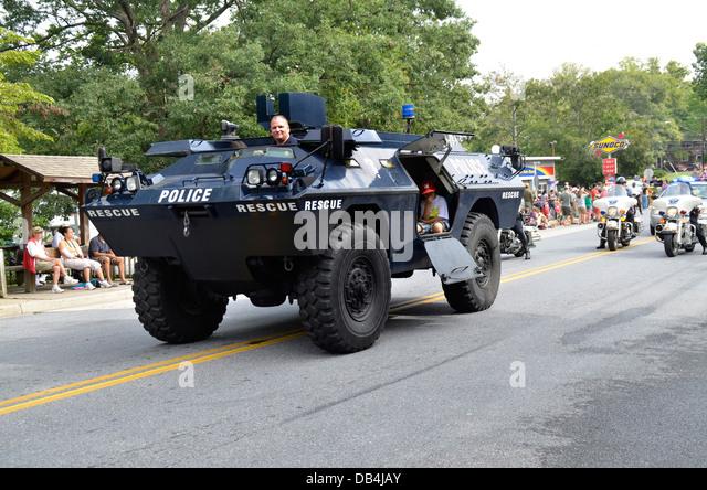 Police Armored Car Stock Photos Amp Police Armored Car Stock