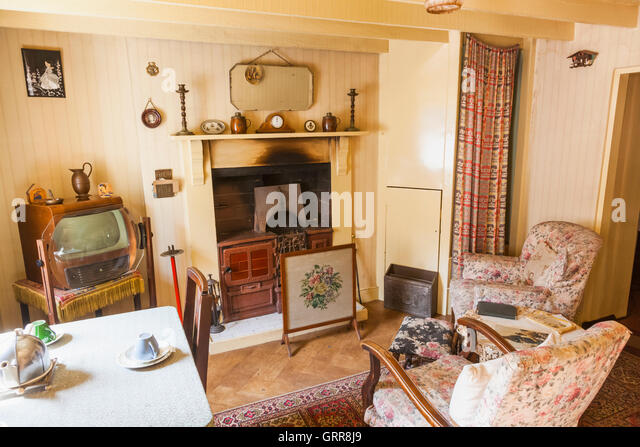 Living Room 1950s 1950's living room uk stock photos & 1950's living room uk stock
