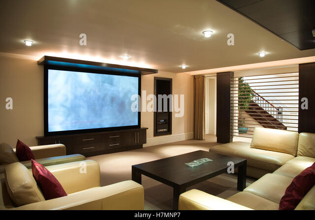 Superbe Entertainment Room With Big Screen TV   Stock Image