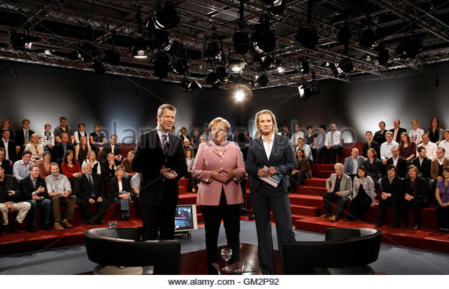 Rtls stock photos rtls stock images alamy for Spiegel tv rtl gestern