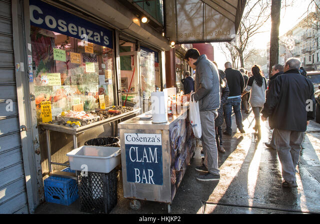 Bronx food stock photos bronx food stock images alamy for Fish market bronx